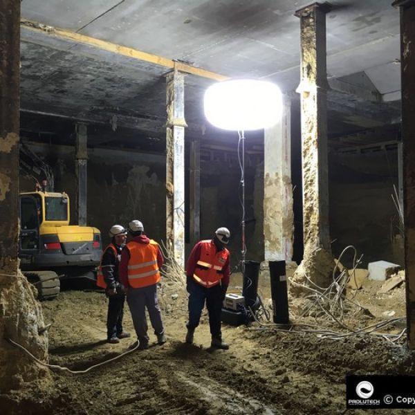 Eclairage chantier sous-sol par ballon éclairant Airstar LED Sirocco 2M 6x100w LED distribué par Prolutech