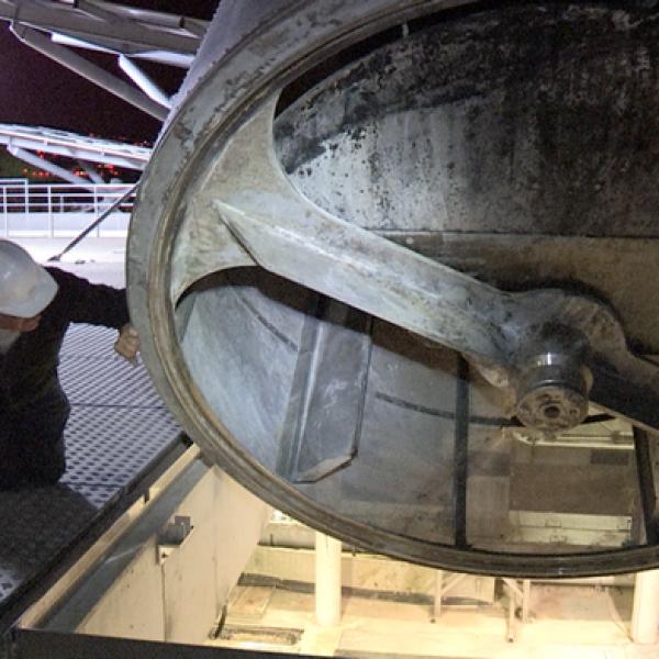 Eclairage chantier de génie civil sur batiment par ballon éclairant Airstar Sirocco 2M 6x100w LED par Prolutech