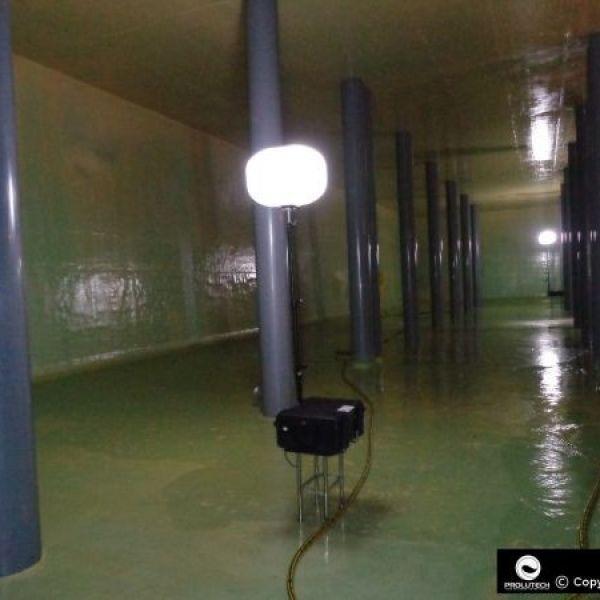 Eclairage travaux des services des eaux par ballon éclairant LED Secours Prolutech