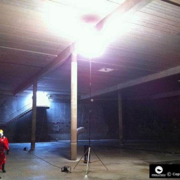 Eclairage cuve industrielle par ballons lumineux Prolutech