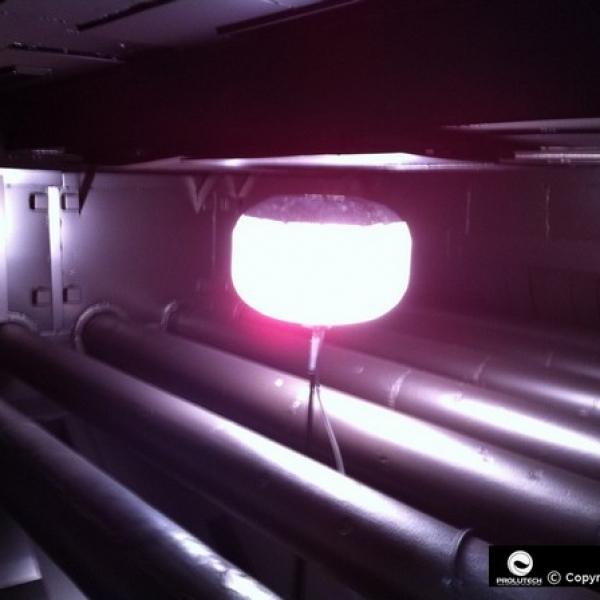 Eclairage industriel en industrie chimique par ballon éclairant Airstar distribué par Prolutech