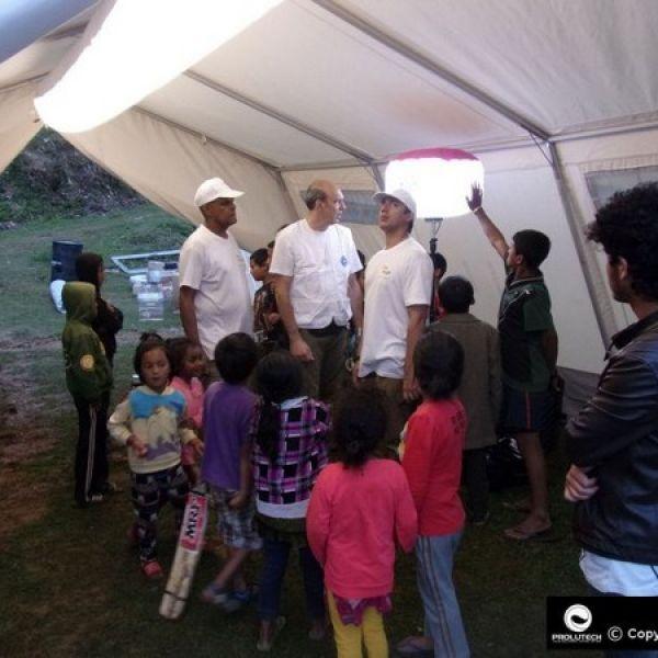 Eclairage ONG hôpital de campagne avec le Tubul